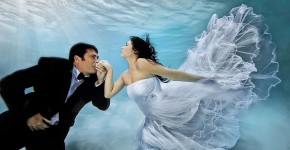 underwater wedding shooting